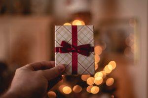 【1万円以内】20代後半女性の「嬉しい!」が聞けるプレゼント4選
